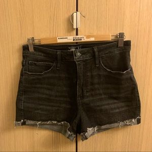 ❤️Black High Waisted Abercrombie & Fitch S…